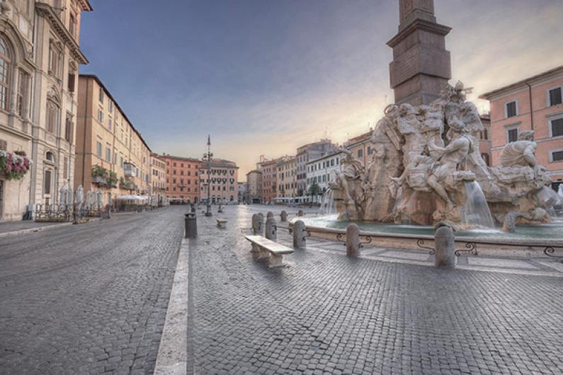 piazza navona morning