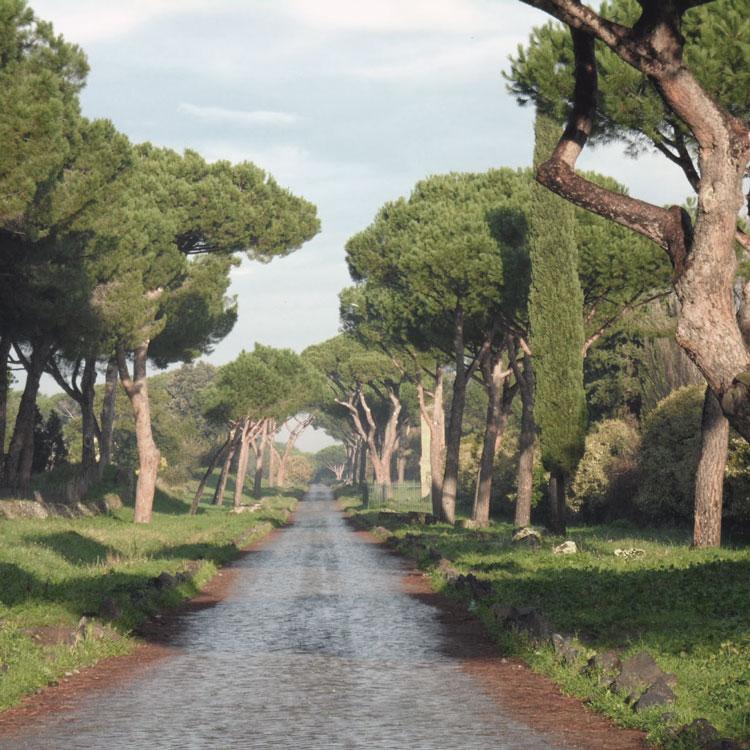 Die via appia antica mit dem fahrrad romaculta for Cioccari arredamenti via appia